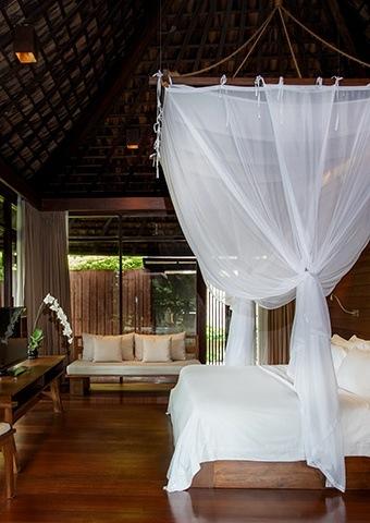 Tropical Pool Villa Spotlight
