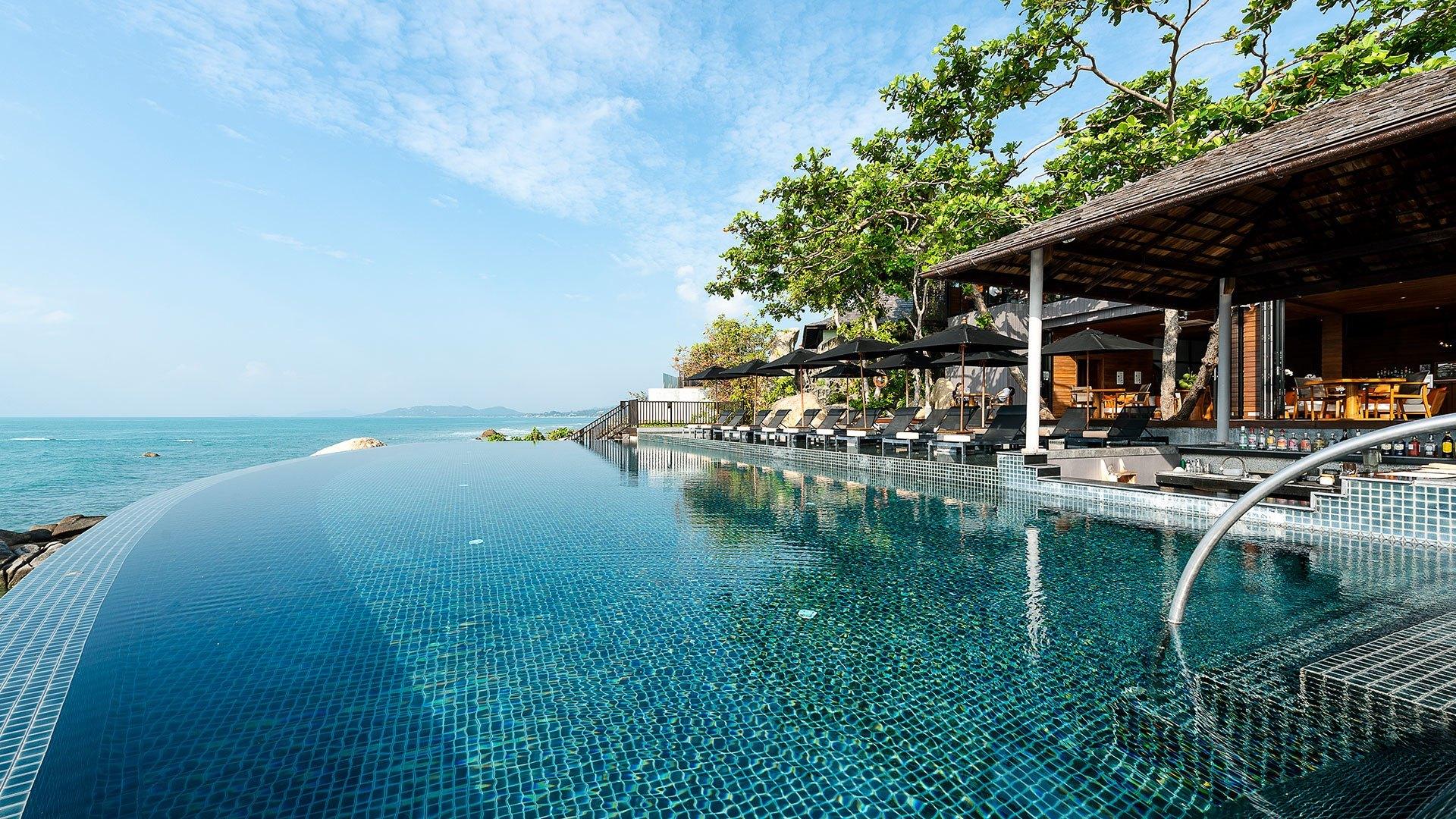 Sun Pool Bar